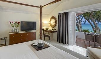 Colony Club Luxury Ocean Suite