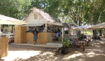 La Cabane Beach Bar