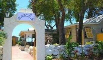 Rascals Beach Bar and Restaurant