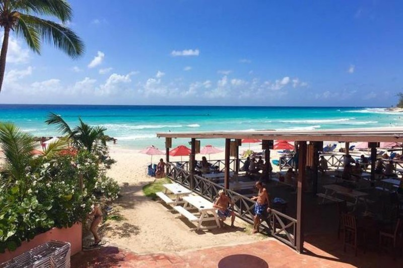 Tiki Beach Bar